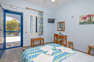 double studio for two irini tinos amenities