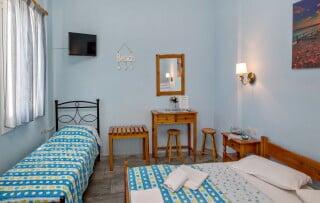 triple studio 1 irini tinos bedroom