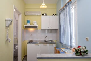 triple studio 1 irini tinos kitchenette