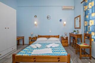 triple studio for 3 irini tinos bedroom